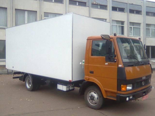 Tata 613 - 2019