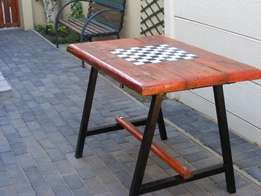 Handmade solid outdoor table with steel