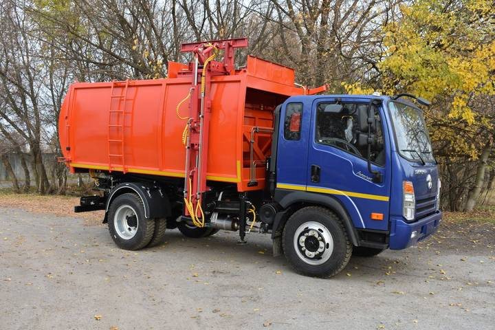 New AT-4022 na shassi DAYUN CGC1120 garbage truck - 2019