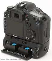 Canon 7d body with battery grip