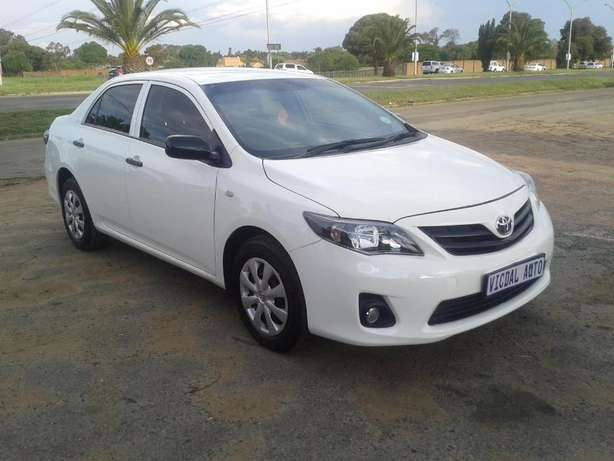 2014 Toyota Corolla 1.6 Quest For Sale R135000 Is Available Benoni - image 3