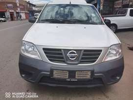 2017 NISSAN NP200 1.6 WITH SERVICE BOOK.