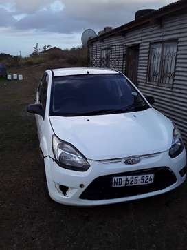 2010 white Ford figo 1.4 ambient, bought in 2010