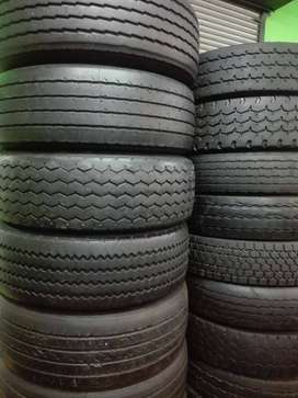 11R GOOD SECOND HAND TRUCK TYRES