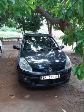 Renult clio 3 black chick