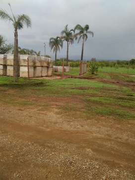 Land to let for business