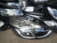 Image of Good condition Genuine clean Renault clio 4 RHS headlight for sale