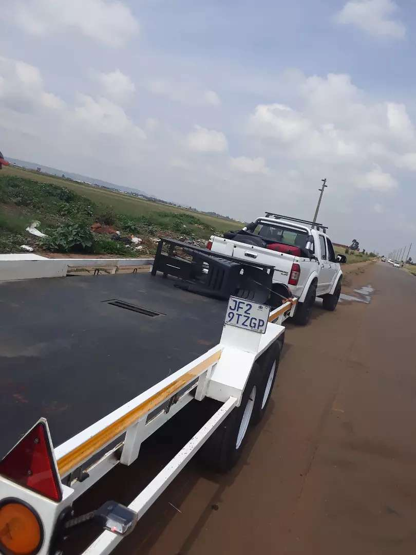 Running to Newcastle empty with 6 metre trailer & bakkie from. 0