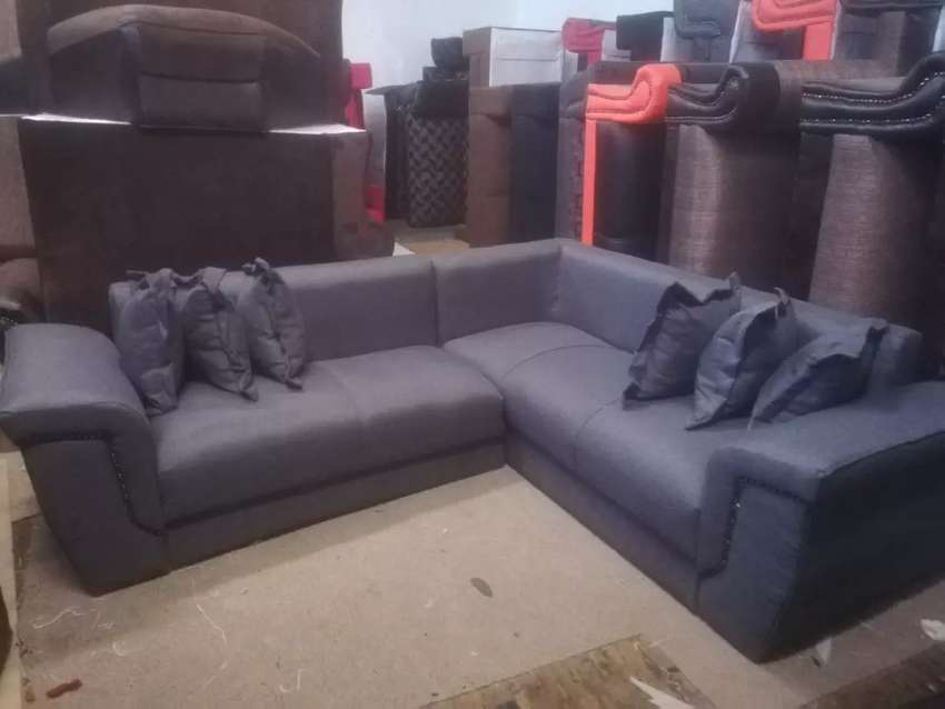 Brand new couch to sale 0