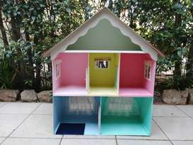 Double story 5 room doll house.