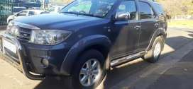 TOYOTA FORTUNER V6 4.0 AUTOMATIC