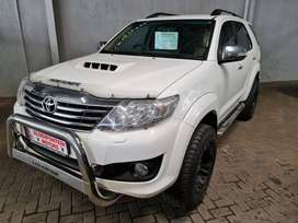 -2013 Toyota Fortuner 3.0 D4D Auto 4x4-Only 170500km-FSH with Agents