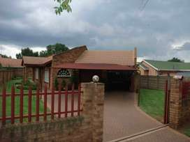 Stunning easy living face brick property. 25 Minutes from Johannesburg