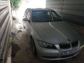 BMW 320d 2006, good condition stone chips to be touched up.