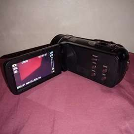 I'm Ntobeko Gumede and i want to sell a camera