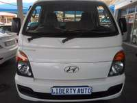 Image of 2013 Hyundai H100 Single Cab 2.6D Deck Diesel Bakkie 105,939km Manual