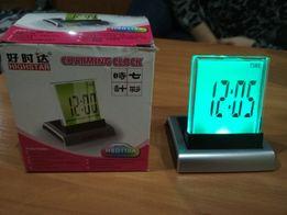 Часы с будильником настольные электронные с подсветкой. Новый!!!