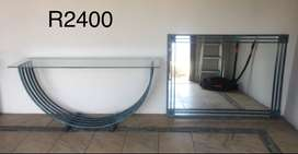 Wrought iron table and mirror excellent piece for an entrance