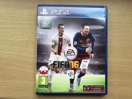 Gra FIFA 16 na PS4