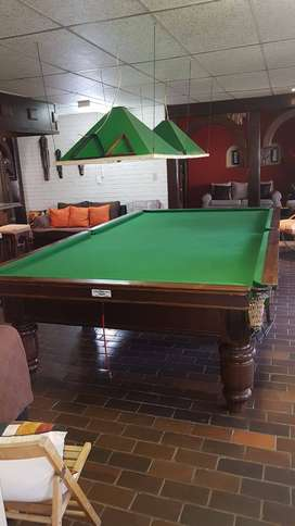 POOL SNOOKER FULL SIZE TABLE IMMACULATE WOOD EXCELLENT CONDITION