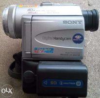 Видеокамера SONY DCR-PC100E