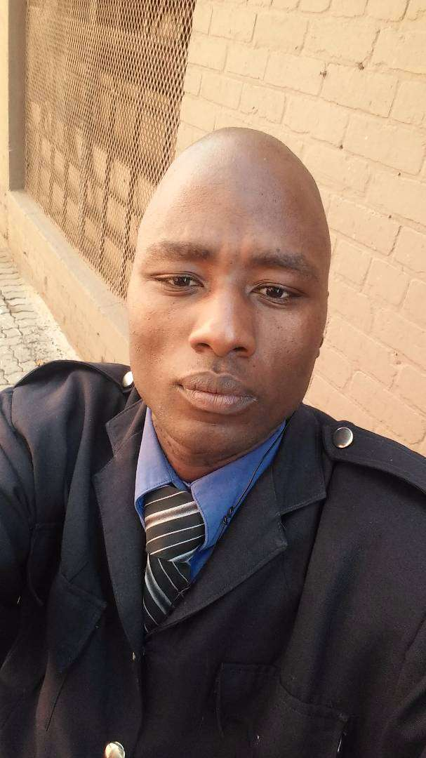 I'm a driver cord 14 (class 2 Zim) and also a sales rape 2years exp 0