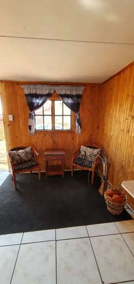 Very neat and clean 1 bedroom flat to rent in Klipfontein area  WTB