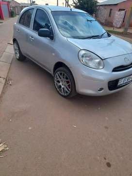 2012 Nisan micra for sell