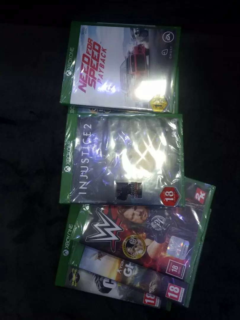 XBOX ONE USED  GAMES 0
