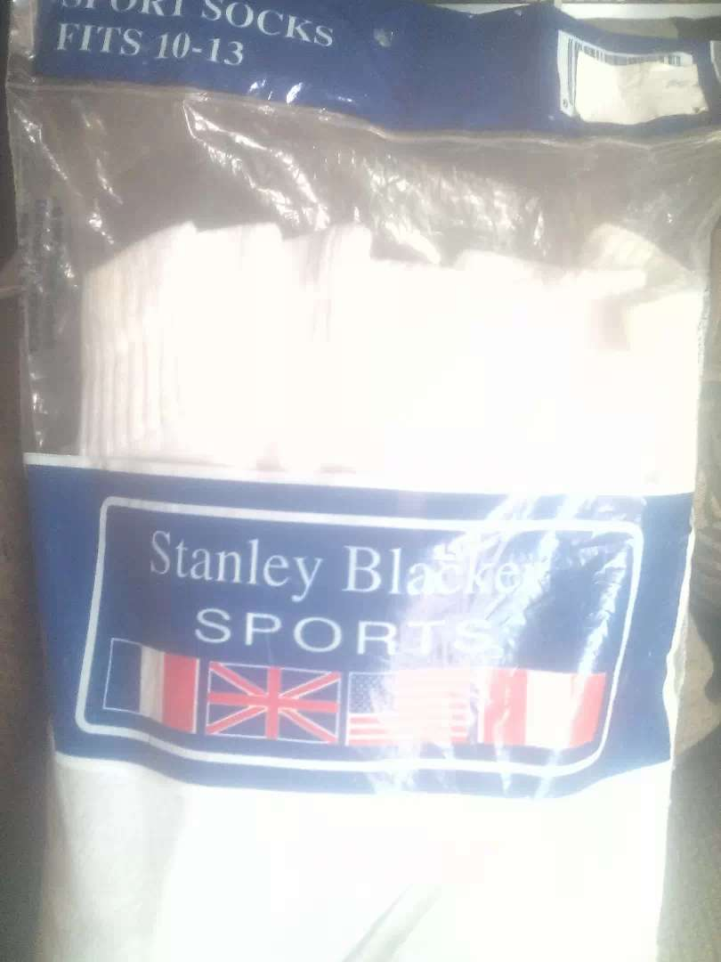 Six pair sport socks white fit 10-13 American 0