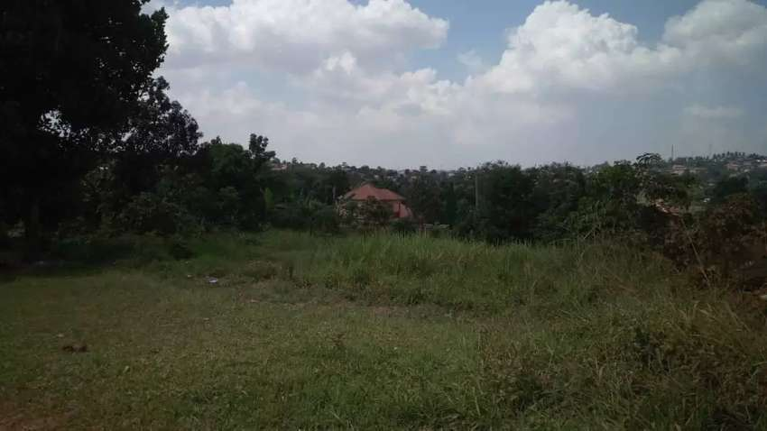 Located in Komamboga; land for sale 0