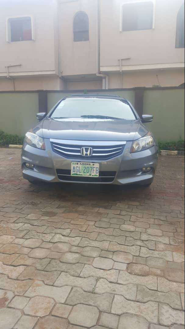 Fairly used Honda Accord 2009 model (evil spirit) grey colour for sale 0