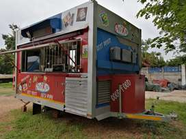 MOBILE KITCHEN SPAZA . FULLY CATERING EQUIPPED & READY . 220V/G etc...