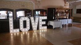Napis podświetlany LOVE idealna dekoracja na wesele. Wysokość 120cm!!!