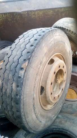 Second Hand Truck Tyres Complete with Rims