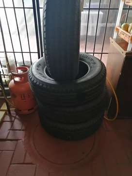 SUV tyres
