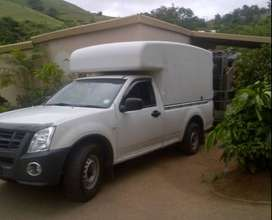 1 Ton Bakkies Required With High Volume Canopy.
