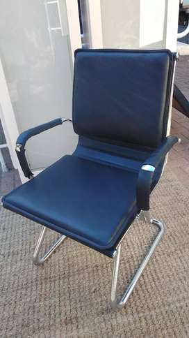 Executive  Double Cushioned Office  Chair