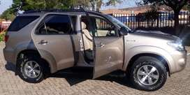 Toyota Fortuner 3.0D4D 4x2 Maual