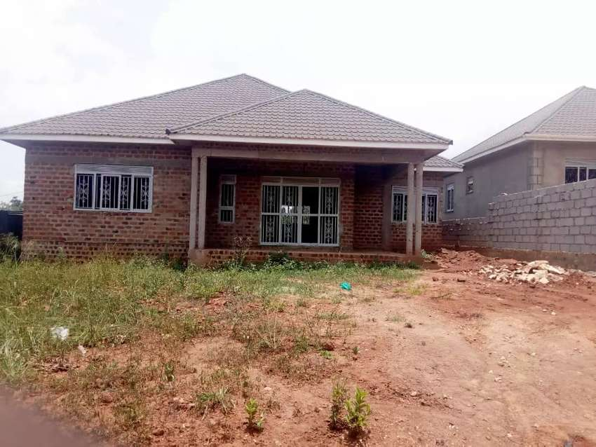 Shell house for sale in Kira has 4 bedrooms sited on 100ft by 50ft rea 0