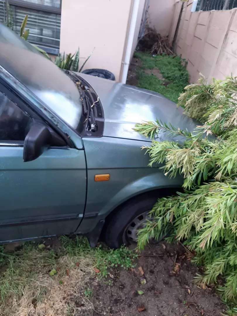 Mazda 323 project for sale 0