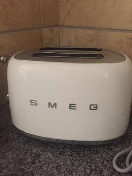SMEG kettle and toaster