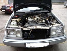 w 124 210 запчасть с разборка Mercedes оригинал на складе . Доставка.