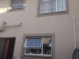 2 Bedroom Townhouse in Vanderbijlpark,SE4
