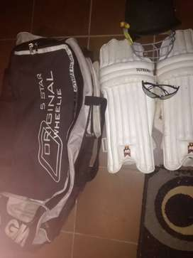 Gm cricket set.2 leg pads ,helmet,1 ball