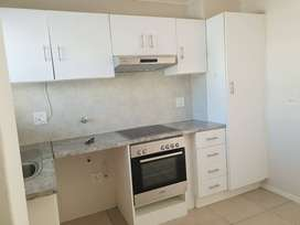 2bedroom flat in Fairmill Complex, Milnerton, available 1st Sept 2021