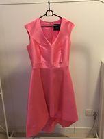 Różowa suknia SIMPLE idealna na karnawał, studniówkę lub wesele
