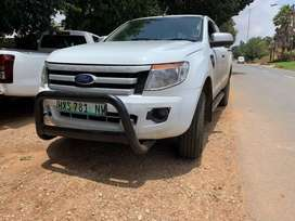 FORD RANGER 3.2 CLUB CAB FOR SALE AT VERY GOOD PRICE