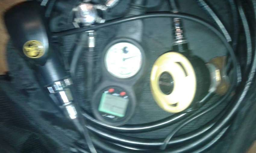 Diving gear for sale 0