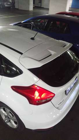 FORD FOCUS ST ROOF SPOILER